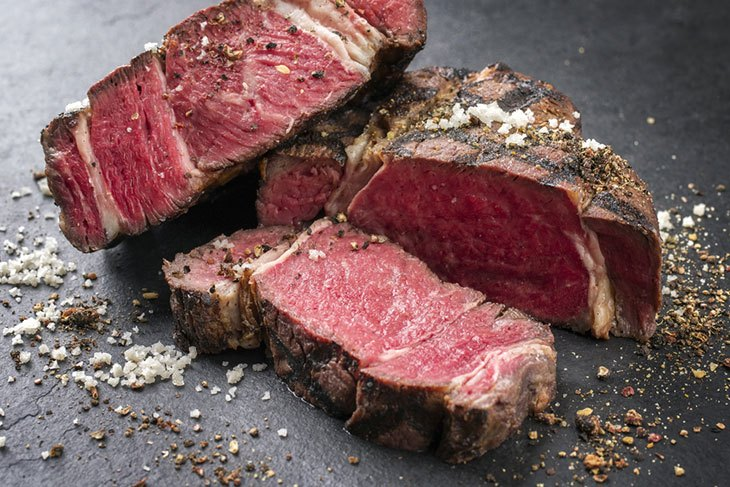 how to cook dry aged steak on bbq